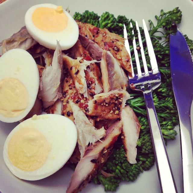 Mackerel, Boiled Egg & Broccoli